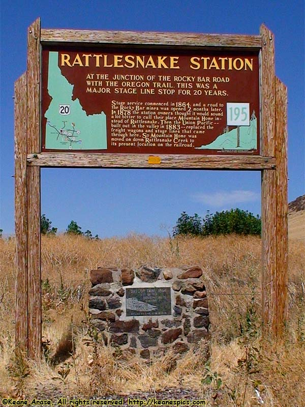 Rattlesnake Station / Oregon Trail marker